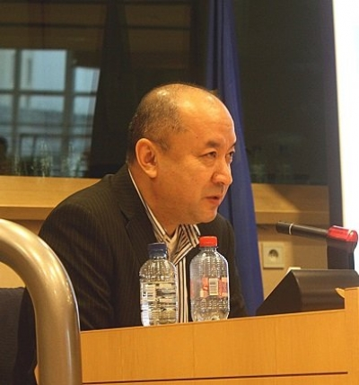 At a conference organized by the Alliance of Liberals and Democrats for Europe and UNPO in January 2013, Enver Tohti, a former Uyghur surgeon who worked in East Turkestan, testified to the existence of organ harvesting atrocities in China.