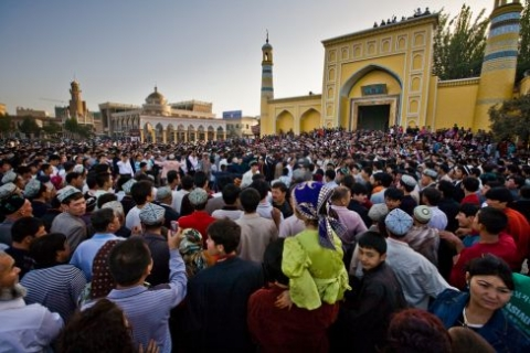Uyghurs gathering in front of Idkah Mosque in Kashgar, East Turkestan. Photo: World Policy Blog